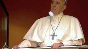Papa-Francisco-balcón-Polonia