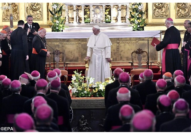 Papa-Francisco-obispos-Cracovia