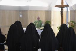 SS. Papa Francesco - Messa S.Marta Suore Clausura  25-08-2016  @Servizio Fotografico - L'Osservatore Romano