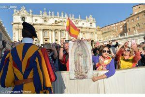 fieles-guadalupe-vaticano