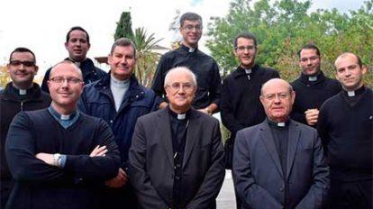 sacerdotes-almeria