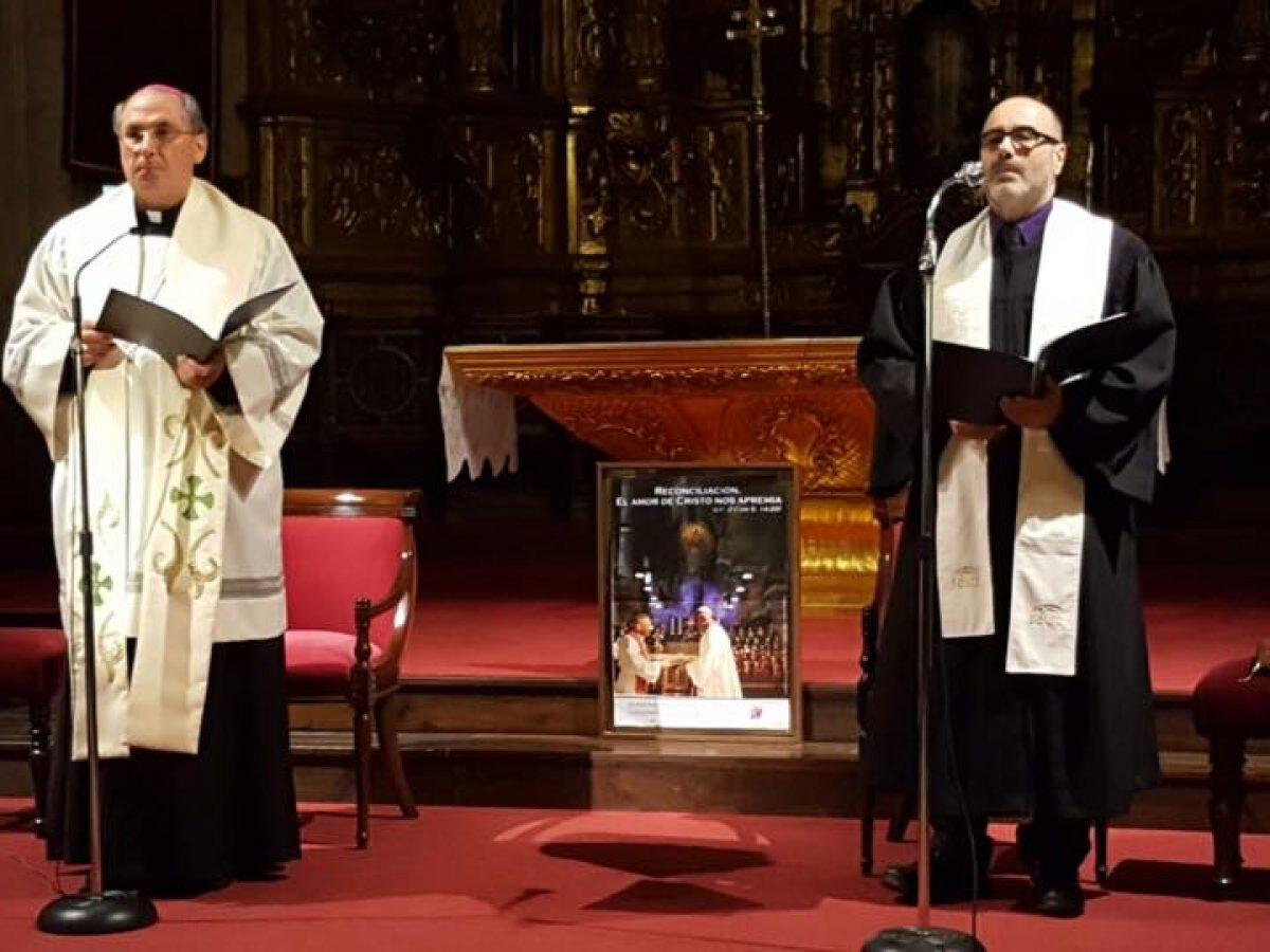 Pastor Evangélico y Arzobispo Mérida-Badajoz