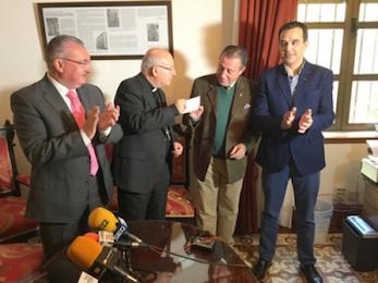 El obispo de ja n entrega los beneficios del libro la for Asilo de ancianos pdf
