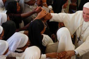 Encuenro del Papa con las Carmelitas Descalzas