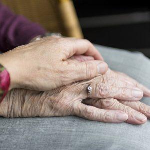 Vaticano cuidado ancianos