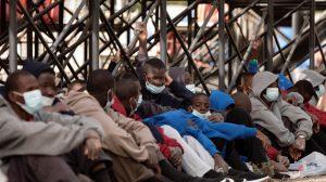 Cáritas de Canarias advierte que Canarias se está convirtiendo «en cárceles para migrantes»