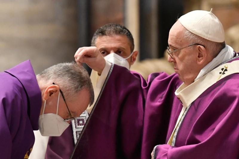 Francisco: «La cuaresma es un viaje para redescubrir nuestro vínculo con Dios»