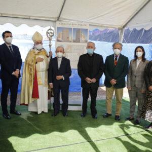 El obispo de Córdoba pone la primera piedra de la iglesia San Juan Pablo II