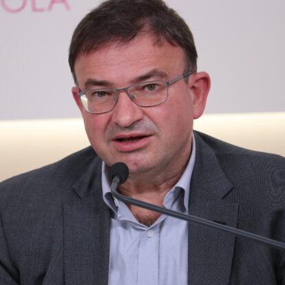 García de Andoin: «Los desafíos urgen a reforzar desde la escuela el aprender a ser»
