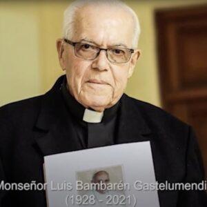 Último adiós al obispo Bambarén, el Óscar Romero de Perú