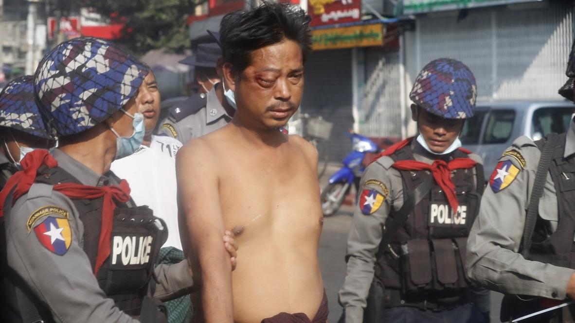 Al menos 18 muertos en la represión de las protestas en Myanmar
