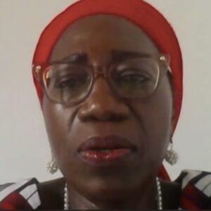 Duni Sawadogo, premio Harambee 2021: «En África mueren cada año 300.000 niños por medicamentos falsos»