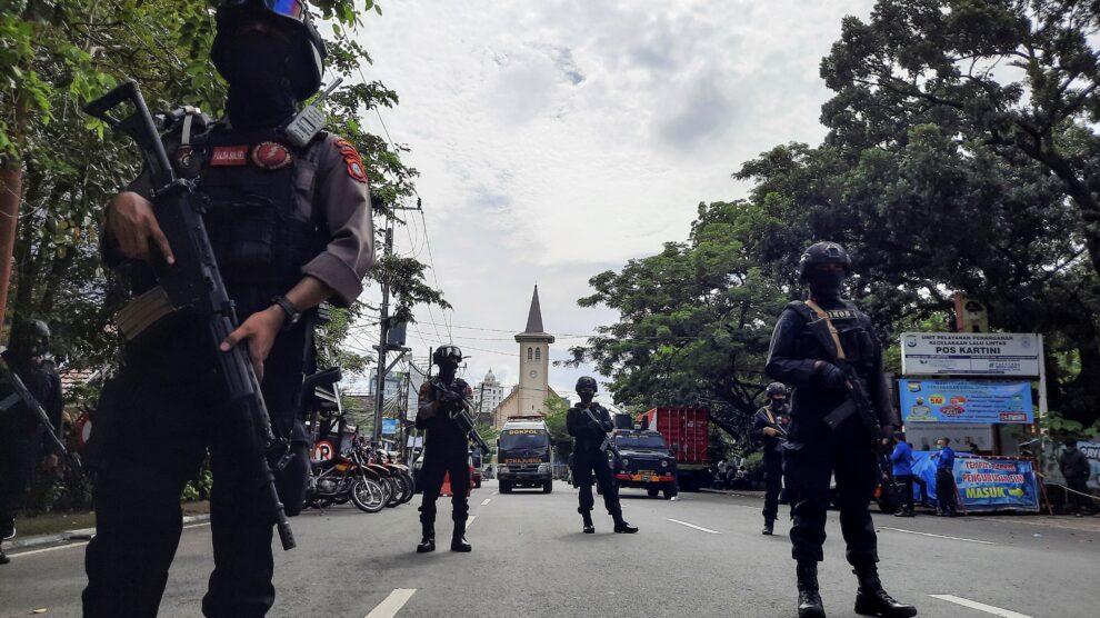 Indonesia: 14 heridos en un atentado contra la catedral de Makassar