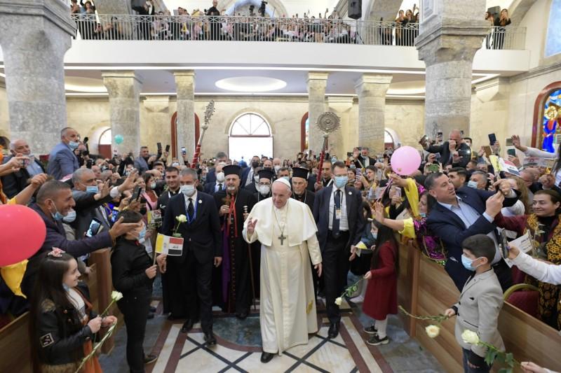 Francisco, a los cristianos en Qaraqosh: «No se rindan, no pierdan la esperanza»