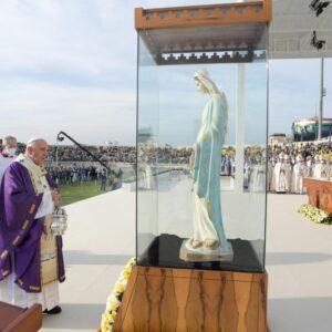 Francisco, en la misa en Erbil: «La Iglesia de Irak está viva»