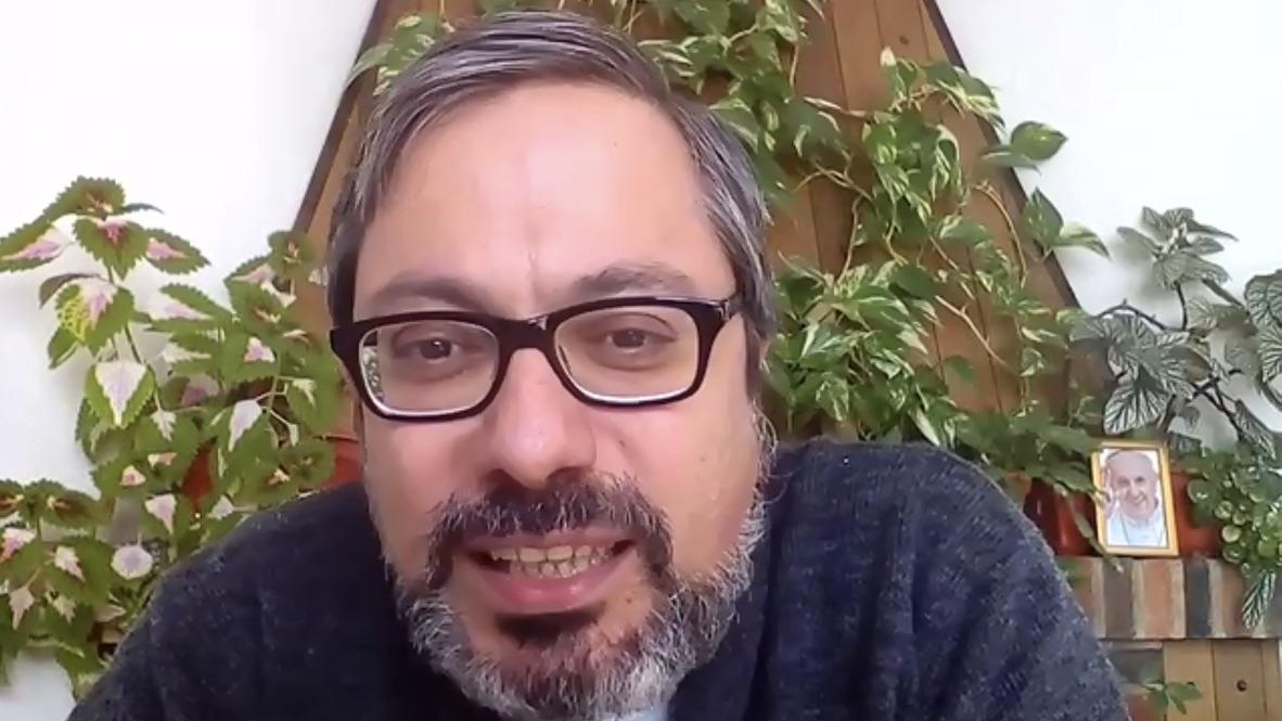 José Ramón Peláez: «Roma tiene hoy como Papa a un inmigrante»