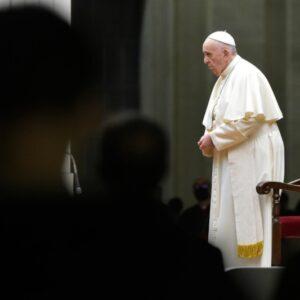 El Vía Crucis desde Roma se convierte en el acto del Papa Francisco con más audiencia en TRECE