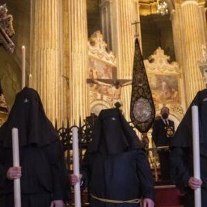 Jesús Nazareno devuelve la libertad a Manuel, Antonia y Jorge en Málaga