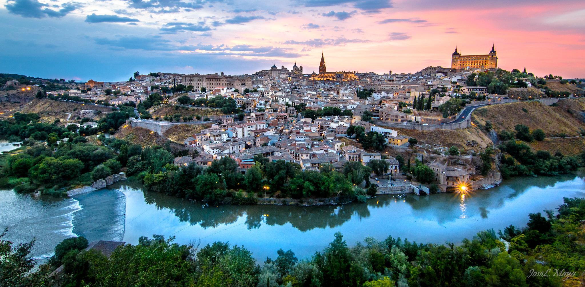 Concierto de campanas en Toledo en la solemnidad del Corpus Christi