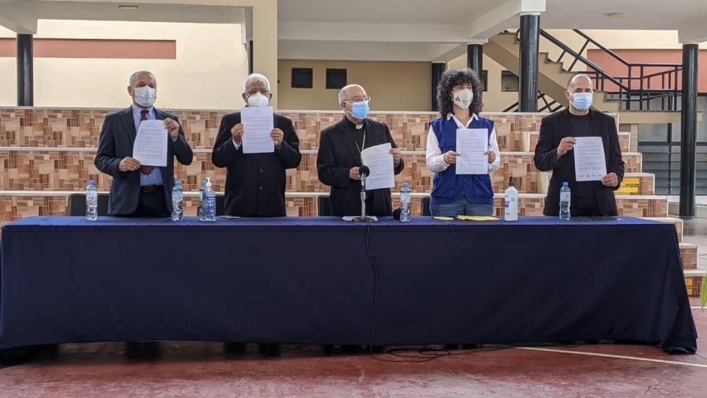 ¿Está en peligro la democracia en Perú? La Iglesia cree que sí