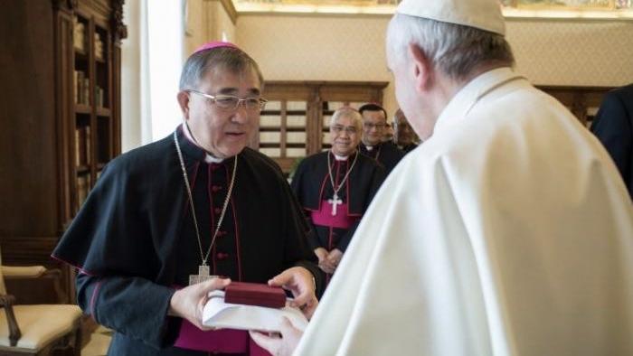 Fallece el cardenal Cornelius Sim, vicario apostólico de Brunei