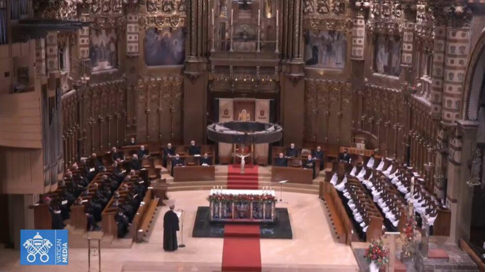 Fieles de todo el mundo se suman de forma virtual al rosario por el fin de la pandemia desde Montserrat