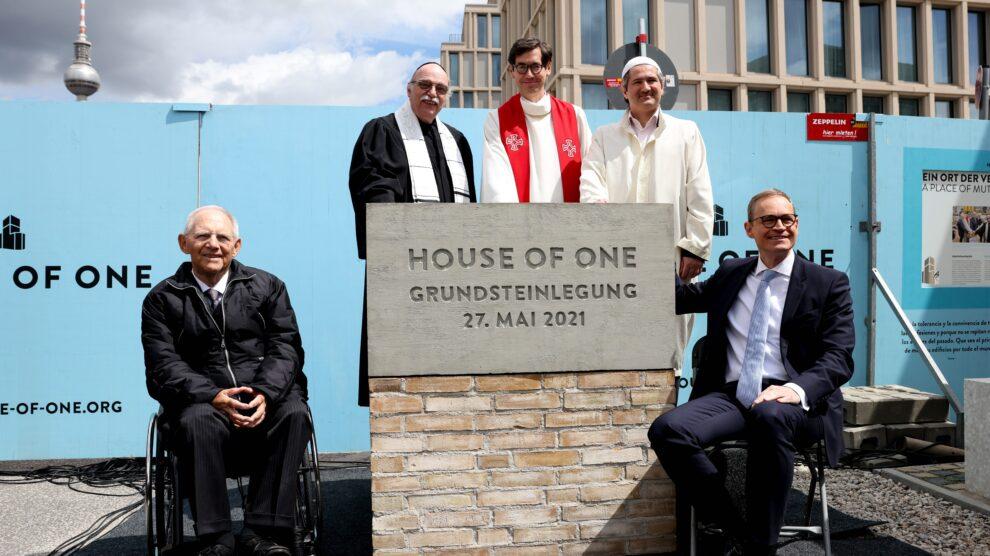 ¿Cristianos, judíos y musulmanes rezando bajo un mismo techo?