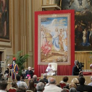 Francisco recuerda a los diáconos que son «los custodios del servicio» en la Iglesia, no «medio sacerdotes» ni «monaguillos de lujo»