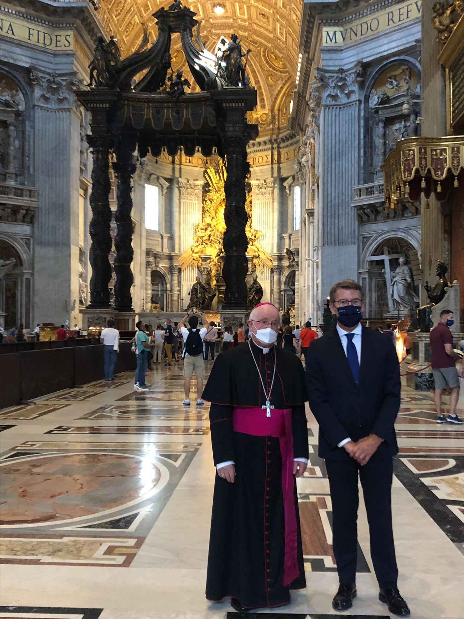 Visita de Julián Barrio y Feijoo al Papa Francisco