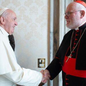 El Papa rechaza la renuncia del cardenal Marx e insta a una reforma eclesial que asuma la realidad «sea cual sea la consecuencia»