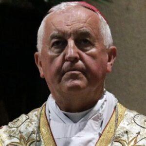 Archivada la causa contra el obispo polaco Jan Szkodoń: no consta que cometiera abusos