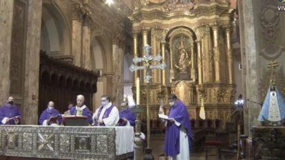 Argentina reza por las víctimas de la covid-19