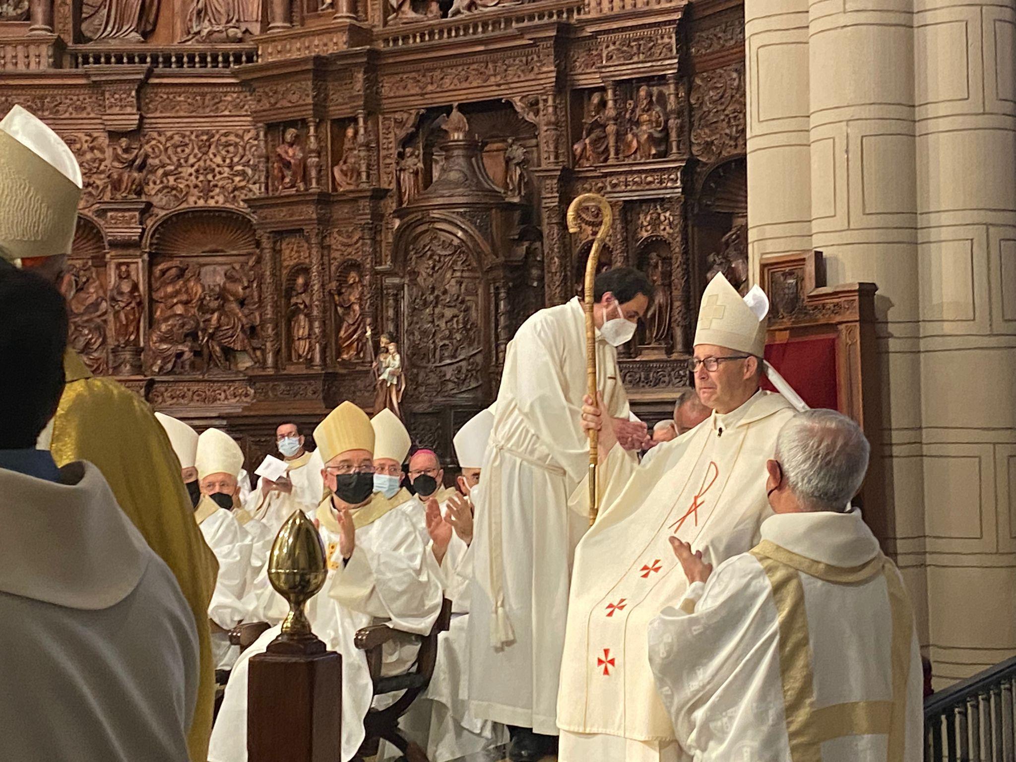 Satué, en su toma de posesión en Teruel: «Este obispo tarde o temprano os fallará, pero Dios nunca defrauda»