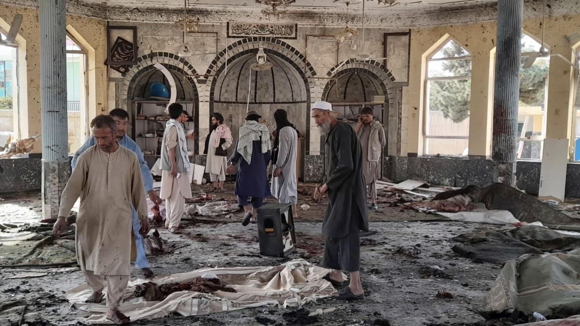 Omella condena el atentado de la mezquita chií de Afganistán